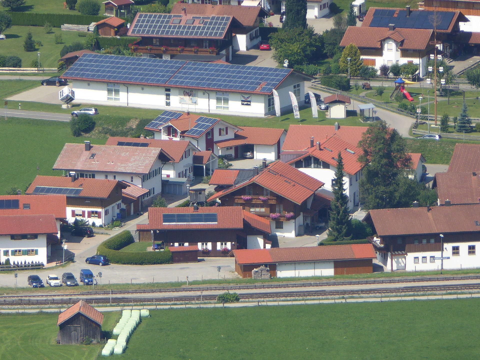 20150807_xl_P1010973_Erneuerbare_Energien_in_Oberstdorf_Photovoltaik-Solaranlagen
